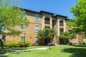 Two Bedroom Apartments for Rent in Northwest Houston, TX -Exterior Building (2)